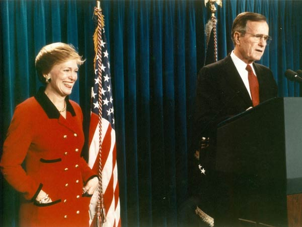 George HW Bush announces decision to nominate Hon. Franklin as Secretary of Commerce